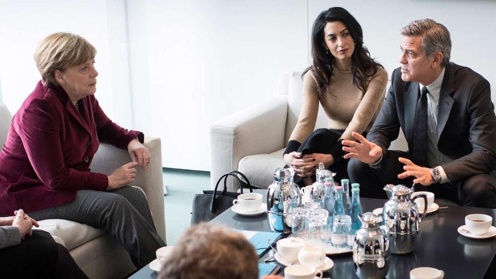 Hollywoodstar Clooney besucht Merkel